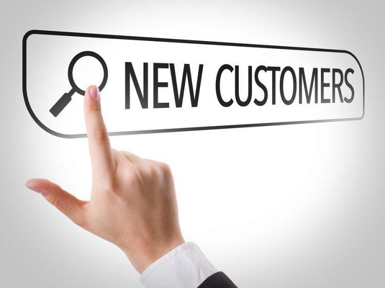 Tìm kiếm khách hàng - yếu tố được nhân viên mới cho là gặp nhiều khó khăn