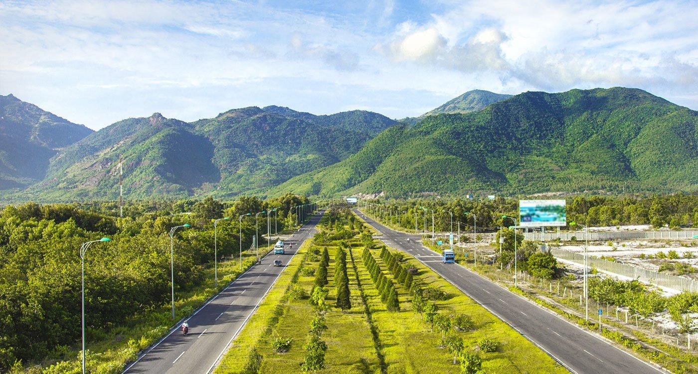 Đường dẫn vào dự án Golden Bay Hưng Thịnh Cam Ranh
