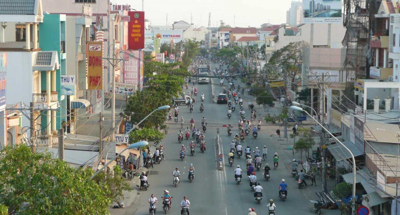 duong Le Van Luong - Đường Lê Văn Lương mở rộng và xây mới 4 cầu