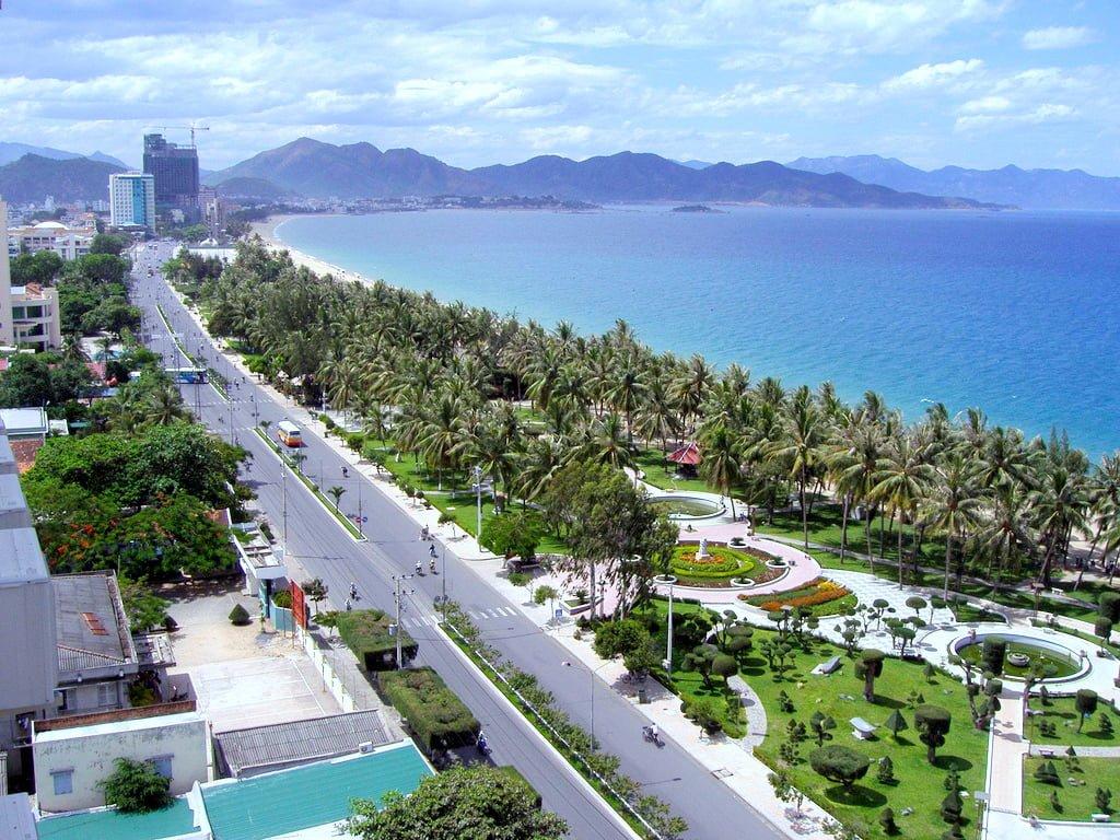 Anh Nguyễn Ocean Front Villas - Dự án sở hữu vị trí ỷ sơn nghinh hải
