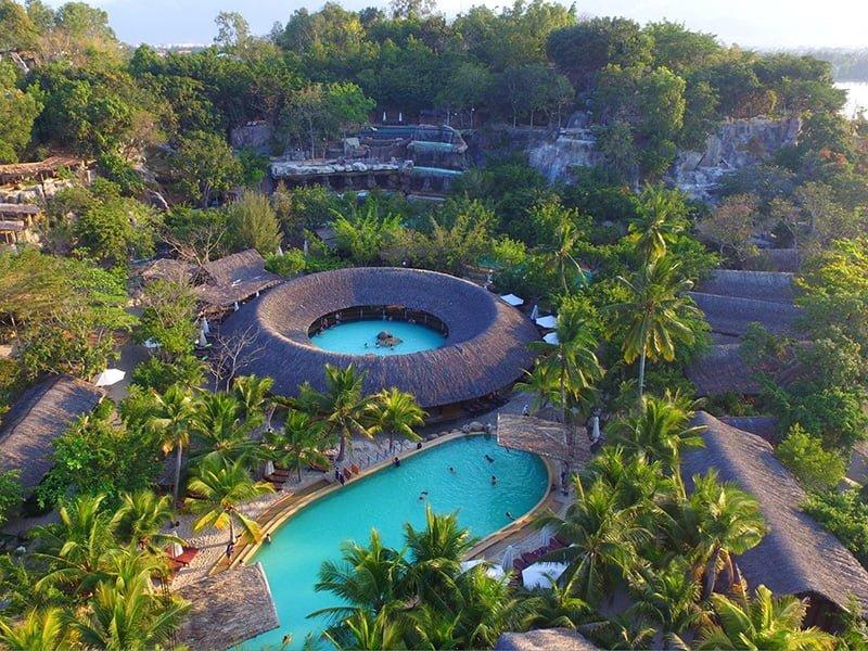 Bể bơi trong dự án Suối khoáng nóng I-Resort Nha Trang