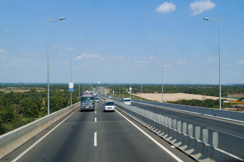 Hạ tầng giao thông quận 9 - tuyến cao tốc Long Thành - Dầu Giây