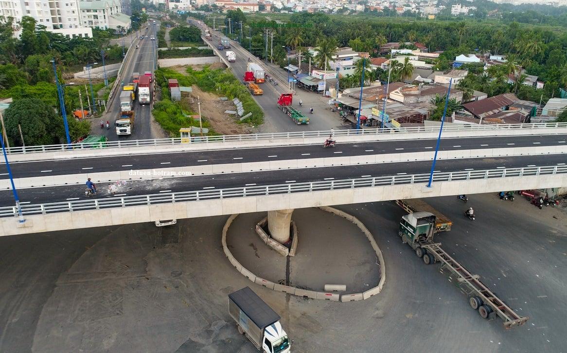cau vuot nga 6 - Thị trường bất động sản sôi động khi Thuận An lên thành phố